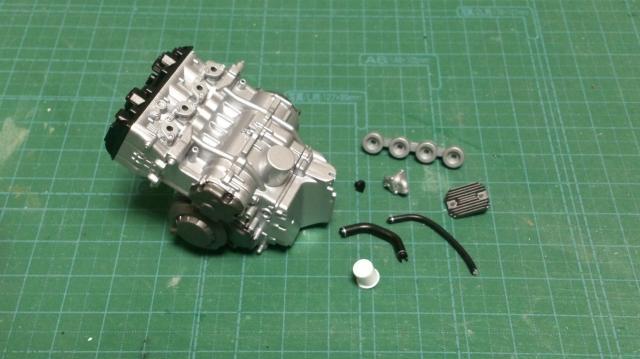 ZX-10R-27-2.jpg