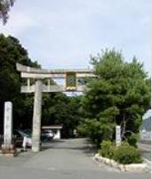 常宮神社monn