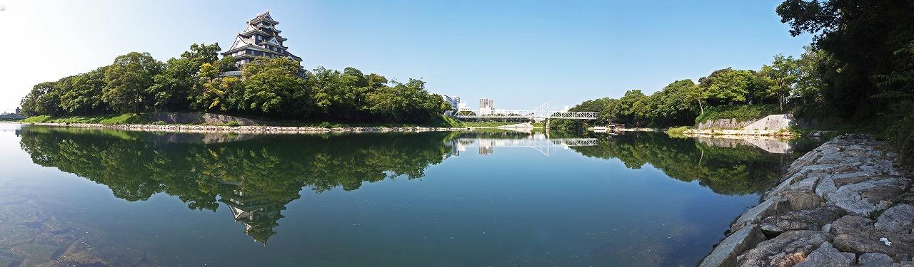 s-20140916 旭川水辺の回廊から川が鏡の様なワイド風景 (1)