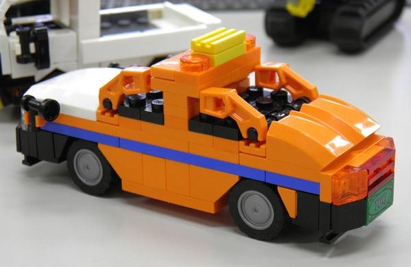 orangetaxi_3.jpg