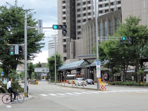 kanazawacitybetsuindoriguchisignal1408-7.jpg