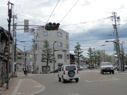 kanazawacityyasuechokitasignal1408-1.jpg