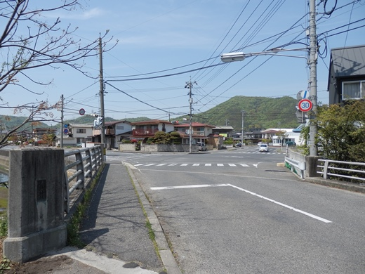 tamanocitytaikawajiribridgesignal1404-3.jpg