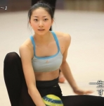 新体操選手 畠山愛理 セクシー タンクトップ おっぱいの膨らみ 美人 地上波キャプチャー エロかわいい画像2
