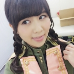 SKE48(元AKB48) 佐藤すみれ セクシー 舌出し 顔アップ 三つ編み おさげ 誘惑 高画質エロかわいい画像21