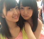 AKB48 大島涼花 向井地美音 セクシー 顔アップ 笑顔 カメラ目線 タンクトップ FLASH2014 オフショット 高画質エロかわいい画像2