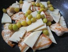鶏胸肉と銀杏の炒め 調理②