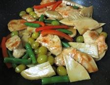 鶏胸肉と銀杏の炒め 調理④