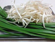 ニラレバ炒め 材料②