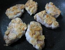 豚ヒレのアーモンド焼き 調理③