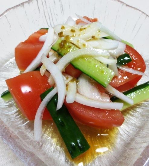 トマトと新玉ねぎのサラダ B
