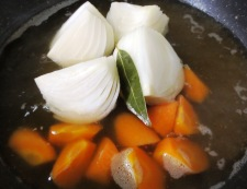 春野菜とソーセージのスープ煮 調理③