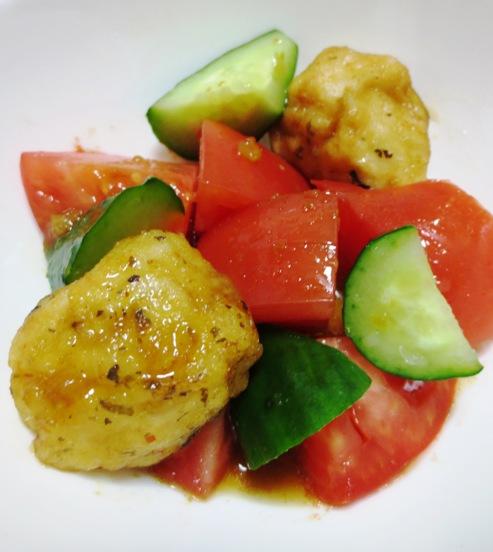 トマトと唐揚げのサラダ 大