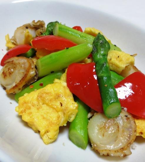 アスパラと炒り卵のペパーソテー 拡大