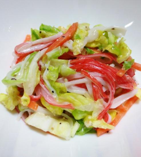 キャベツとかにかまのシーダーサラダ B