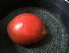 炒り卵とトマトの炒めもの 【下準備】①