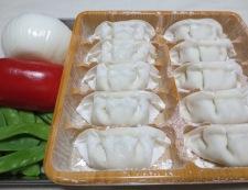 揚げ餃子のカレー炒め 材料