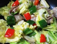 豚肉とキャベツの麺つゆ山椒炒め 調理①