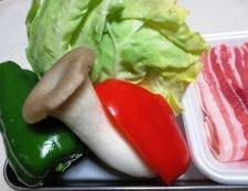 豚肉とキャベツの麺つゆ山椒炒め 材料