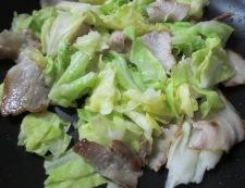 豚キムチのオイスターソース炒め 調理②