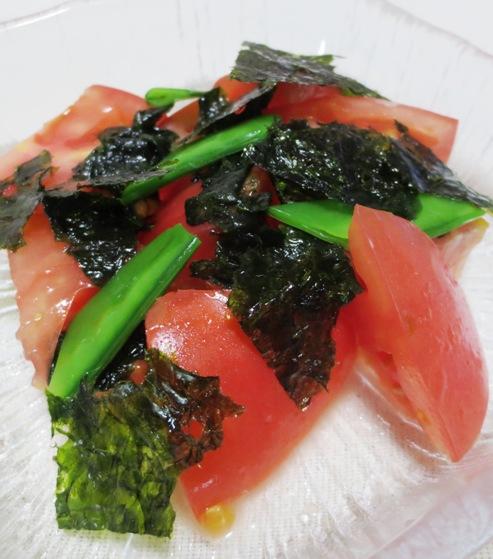 トマトと韓国海苔のサラダ