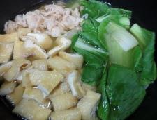 青梗菜とささみフレークの炊いたん 調理