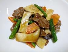 牛肉と エリンギの五香粉炒め 調理⑥