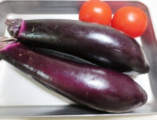 牛すじと茄子の煮込み 材料野菜