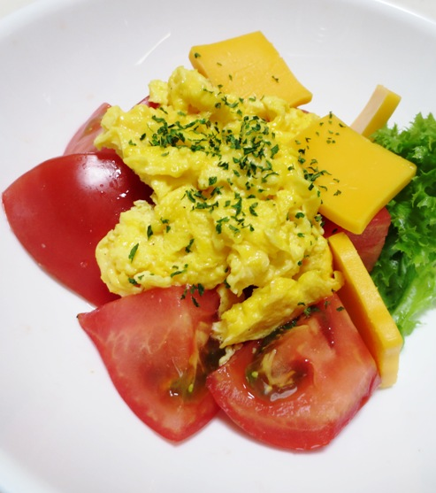 5分でできる炒り卵トマト 拡大