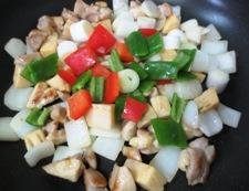 鶏肉の辛味噌炒め 調理③