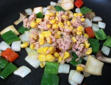 ツナコーンのピリ辛炒め 調理③