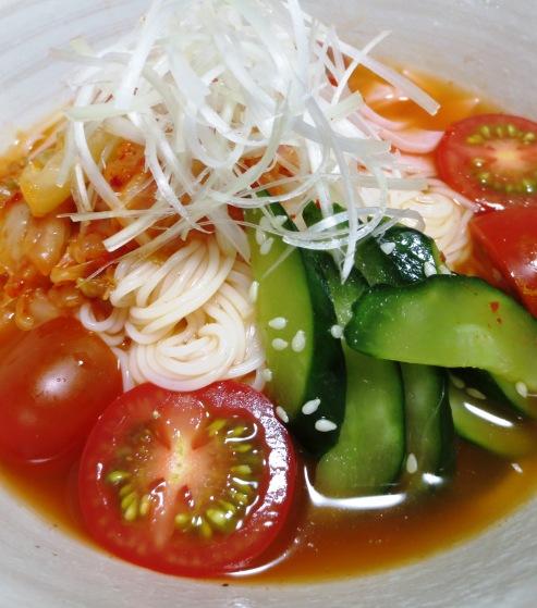 トマトキムチ素麺 大