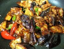 ゆで豚と揚げない茄子の回鍋肉 調理⑤