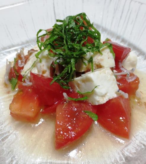 木綿豆腐とトマトの梅じゃこサラダ B