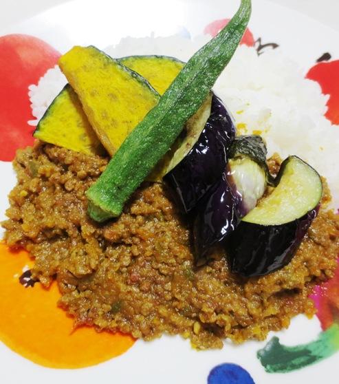 夏野菜のキーマカレー 拡大