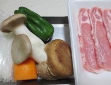 春雨と豚肉の五香粉炒め 材料