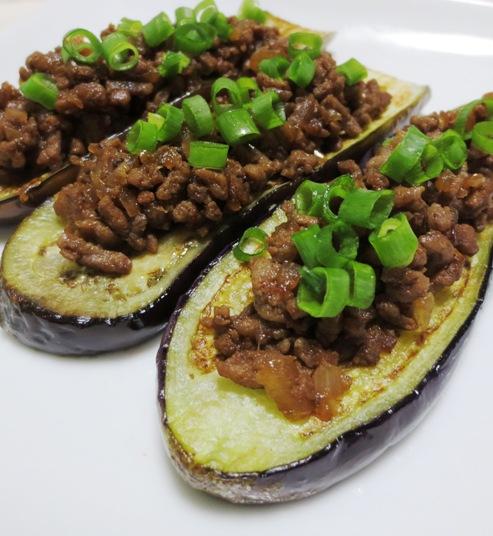 茄子の肉味噌のせ B