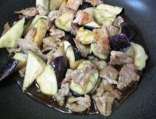 茄子と豚肉のおろし炒め 調理④