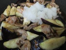 茄子と豚肉のおろし炒め 調理⑤