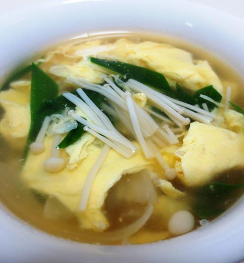 iニラと卵のスープ 大