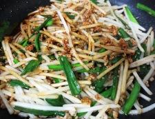 もやしニラ肉味噌炒め 調理⑤