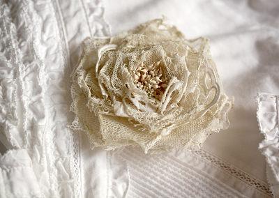 アンティークレースの薔薇
