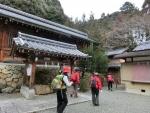 早尾神社を右へ