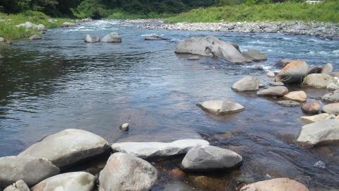 8月29日の那珂川上流夕方に入った瀬