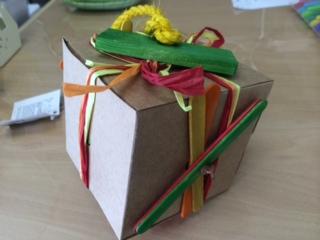 箱のおもちゃbefore2