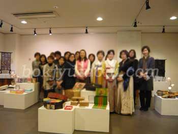 駐大阪韓国文化院 韓紙工芸交流展2014