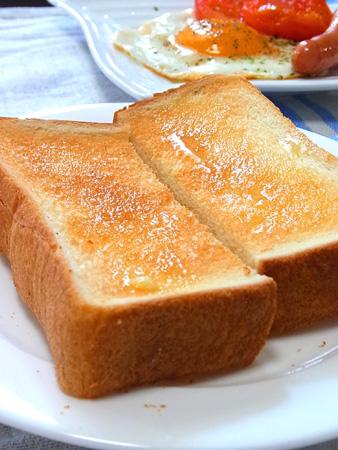 喫茶店の食パン ニシカワパン