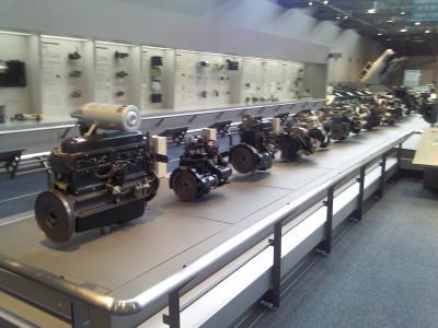 産業技術記念館2Fエンジン