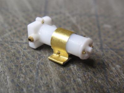 燃料ポンプ固定金具