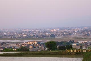 冨山平野の夕暮れ